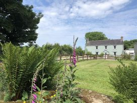 The Farmhouse - South Wales - 1035418 - thumbnail photo 1