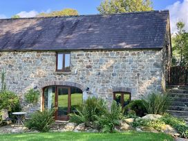 Stable Cottage - South Wales - 1035449 - thumbnail photo 2