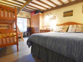 Milkwood Cottage - South Wales - 1035454 - thumbnail photo 14