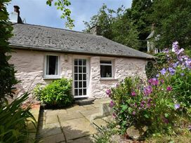 Milkwood Cottage - South Wales - 1035454 - thumbnail photo 19