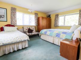 Otter Cottage - South Wales - 1035456 - thumbnail photo 9