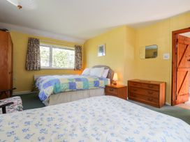 Otter Cottage - South Wales - 1035456 - thumbnail photo 10
