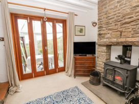 4 Washpool Cottage - Peak District - 1035463 - thumbnail photo 6