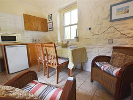 Albert's Cottage - South Wales - 1035481 - thumbnail photo 5