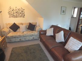 14 Green Meadow Close - South Wales - 1035573 - thumbnail photo 5
