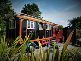 Dolly the Circus Wagon - South Wales - 1035654 - thumbnail photo 1