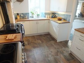 Driftwood Cottage - South Wales - 1035674 - thumbnail photo 6