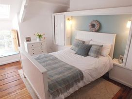Driftwood Cottage - South Wales - 1035674 - thumbnail photo 11