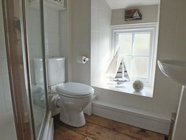 Driftwood Cottage - South Wales - 1035674 - thumbnail photo 14