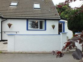 1 bedroom Cottage for rent in Newport