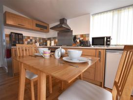 Hengoed Apartment - South Wales - 1035682 - thumbnail photo 3