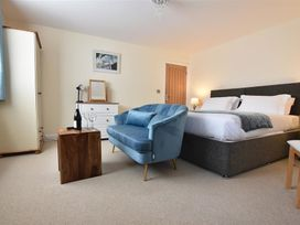Hengoed Apartment - South Wales - 1035682 - thumbnail photo 8