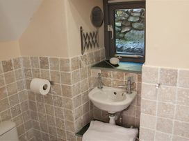 Rock Cottage - South Wales - 1035684 - thumbnail photo 16