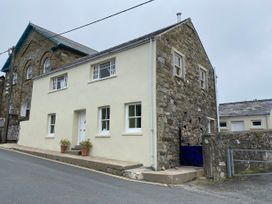 3 bedroom Cottage for rent in Newport