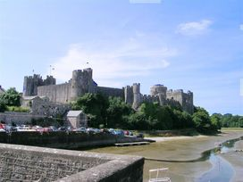 East Tower - South Wales - 1035698 - thumbnail photo 20