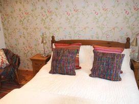 Ffynnon Fach - South Wales - 1035720 - thumbnail photo 5