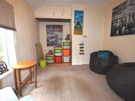 Bryn Ingli Apartment - South Wales - 1035729 - thumbnail photo 7