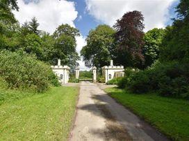 East Lodge Gatehouse - South Wales - 1035741 - thumbnail photo 17