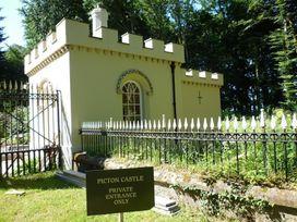 West Lodge Gatehouse - South Wales - 1035742 - thumbnail photo 17