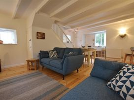 Little Barn Cottage - South Wales - 1035773 - thumbnail photo 3