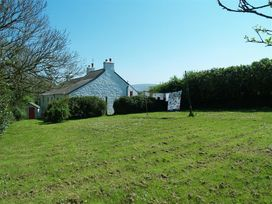 Dinas Island Cottage - South Wales - 1035952 - thumbnail photo 10