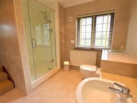 Garden Cottage - South Wales - 1036066 - thumbnail photo 14
