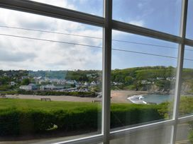 Beach Retreat - South Wales - 1036081 - thumbnail photo 9
