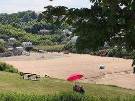 Beach Retreat - South Wales - 1036081 - thumbnail photo 19