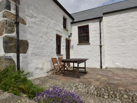 Panteurig Cottage - South Wales - 1036083 - thumbnail photo 2