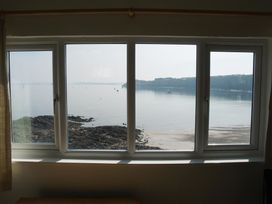 Blackrock Boathouse - South Wales - 1036102 - thumbnail photo 2