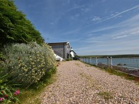 Blackrock Boathouse - South Wales - 1036102 - thumbnail photo 13