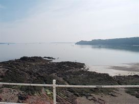 Blackrock Boathouse - South Wales - 1036102 - thumbnail photo 15
