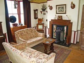 Neptune House - Mid Wales - 1036123 - thumbnail photo 10