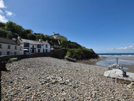 Beach Cottage - South Wales - 1036169 - thumbnail photo 1