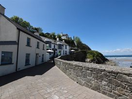 Beach Cottage - South Wales - 1036169 - thumbnail photo 18