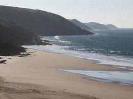 Beach Cove - South Wales - 1036173 - thumbnail photo 2
