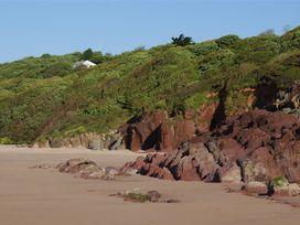 Beach Cove - South Wales - 1036173 - thumbnail photo 17