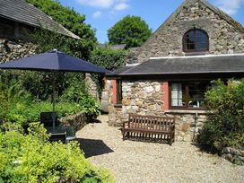 Barn Court Cottage - South Wales - 1036342 - thumbnail photo 1