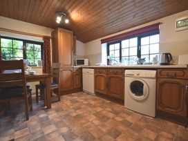 Barn Court Cottage - South Wales - 1036342 - thumbnail photo 3