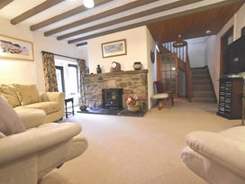 Barn Court Cottage - South Wales - 1036342 - thumbnail photo 5