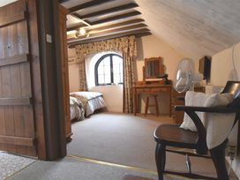 Barn Court Cottage - South Wales - 1036342 - thumbnail photo 11