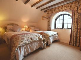 Barn Court Cottage - South Wales - 1036342 - thumbnail photo 12