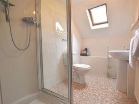 Barn Court Cottage - South Wales - 1036342 - thumbnail photo 13