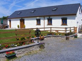 The Old Cow Barn - South Wales - 1036416 - thumbnail photo 1
