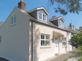 3 bedroom Cottage for rent in Tenby