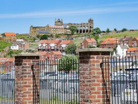 Harbour Walk - Whitby & North Yorkshire - 1036849 - thumbnail photo 19