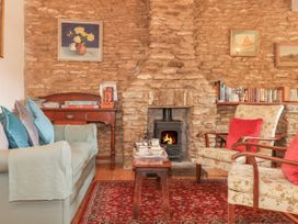 Quiet Corner Cottage - Somerset & Wiltshire - 1036988 - thumbnail photo 3