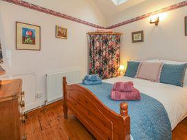 Quiet Corner Cottage - Somerset & Wiltshire - 1036988 - thumbnail photo 9