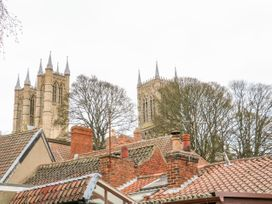Cathedral View - Lincolnshire - 1036992 - thumbnail photo 12