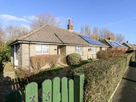 2 bedroom Cottage for rent in Brading